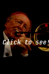 VAN MORRISON feat. CHRIS BARBER_JFW_c_HELMUT_RIEDL_ 17.07.2004 17-075